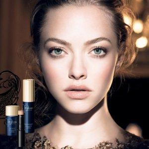 Up to $900 Gift Card Clé de Peau Beauté Beauty Purchase @ Saks Fifth Avenue