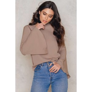 Plain Trumpet Sleeve Blouse - Buy online | NA-KD