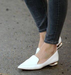 Up to $200 off Nicholas Kirkwood Women Shoes Sale @ Saks Fifth Avenue