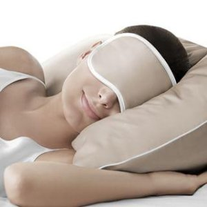 $25 Back with $50 iluminage Skin Rejuvenating Eye Mask