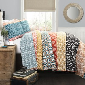 Up to 70% OffBedding @ WayFair