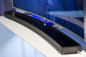 Samsung 9.1-Channel Curved Soundbar with 8