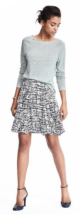 Up to 50% OffSelect Sweaters, Tees and Pants and More @ Banana Republic