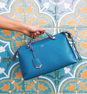 Up to 60% + Up to Extra 25% OffFendi Bags Sale @ Reebonz