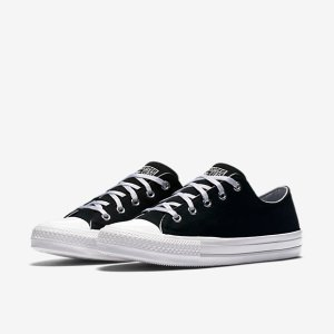Converse Chuck Taylor All Star Gemma Low Top Women's Shoe. Nike.com