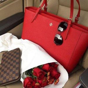 $75 Off $350 Regular-Priced Tory Burch Handbags and Wallet @ Bloomingdales