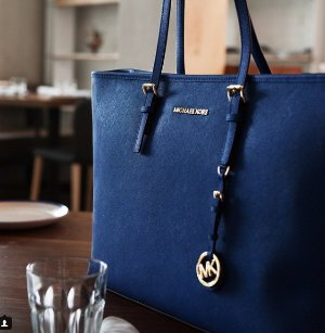Extra 25% Off Women Tote Handbags Sale @ Michael Kors