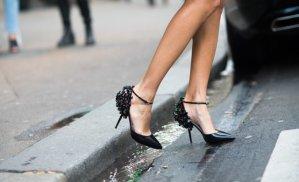 新鞋磨脚,好疼让鞋子不磨脚的15种方法解救你!