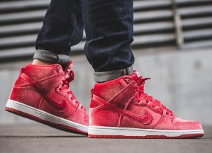 $110 DUNK HIGH SB RED VELVET @ Nike Store