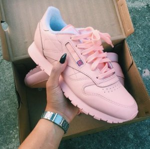 Girls' Grade School Reebok Classic Leather Casual Shoes @ FinishLine.com