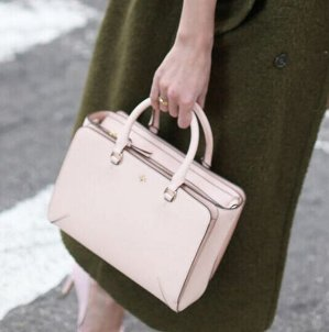 30 % Off With Pale Appicot Handbag Orders $250+ And Free Shipping @ Tory Burch