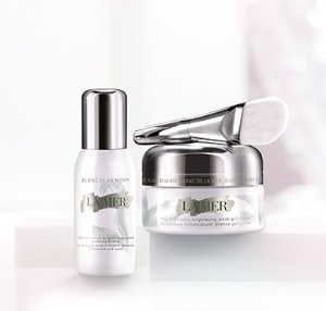 $250! Pre-orderLa Mer The Brilliance Brightening Mask @ Barneys New York