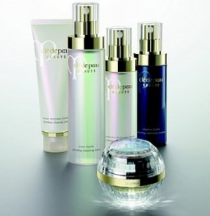 Free 6-Piece BonusWith Purchase Over $350 @ Cle de Peau Beaute
