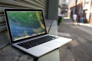 Save $250 on Select MacBook Pro Models @ Best Buy