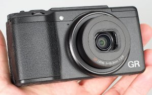 EUR 415.83/$435.59Ricoh GR II APS-C 16.2MP Digital Camera