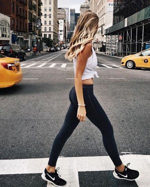 Extra 20% offWomens Pants & Tights @ Nike.com