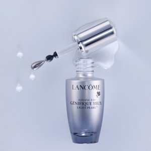 15% Off + 1 Free SampleWith ADVANCED GÉNIFIQUE YEUX LIGHT PEARL EYE SERUM @ Lancome