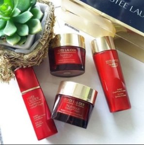 $10 off Every $50+Free 7-Pc. Gift Set With Estée Lauder Nutritious Vitality8 Sale @ macys.com