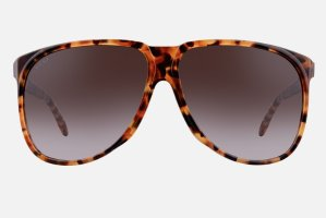 $115Select Gucci Sunglasses @ Luxomo