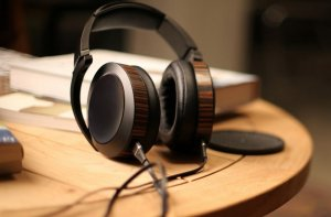 AUDEZE EL-8 Closed Back Planar Magnetic Headphones