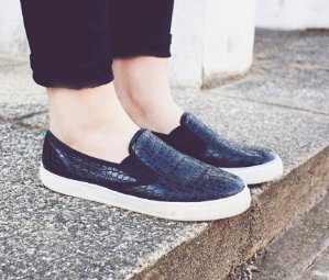 Up to 76% Off Sam Edelman Sneakers @ 6PM.com