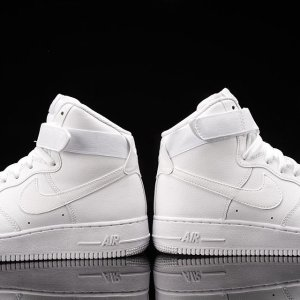 £30 Nike Men's Air Force 1 High '07 Sneakers