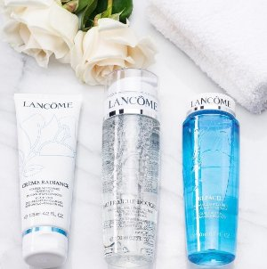 20% Off + 2 Deluxe Samples Cleansers Sale With Over $35 Purchase @ Lancome