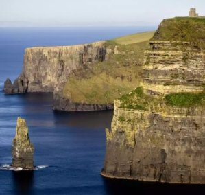 $810+6-Nt Ireland Trip w/Air, Villa, Car & More
