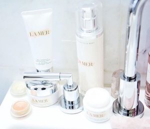 5 Free Deluxe Samples with any LaMer.com Purchase of $150 or more @ La Mer