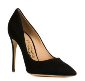 Up to 40% Offwith Designer Pumps @ Farfetch