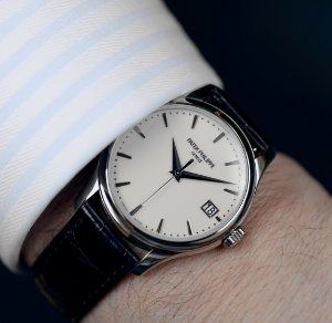 Patek Philippe Calatrava Mechanical Ivory Dial Leather Men's Watch