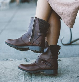 $56 Teva Delavina Low Wool Boots On Sale @ 6PM.com