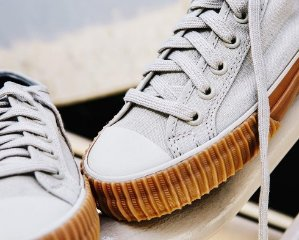 Up to 67% Off PF Flyers Seankers @ 6PM.com
