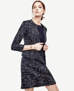 Extra 50% Offwith Blazers, Jackets and more Purchase @ Ann Taylor