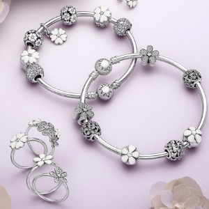 Up to 60% Off PANDORA @ Rue La La Dealmoon Singles Day Exclusive!