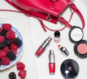 Free 7-pc gift with $99 beauty purchase @ Bon-Ton