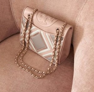 FLEMING GEO-LEATHER MEDIUM BAG @ Tory Burch