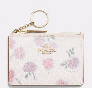 30% Off WOMEN'S SMALL LEATHER GOODS @ COACH