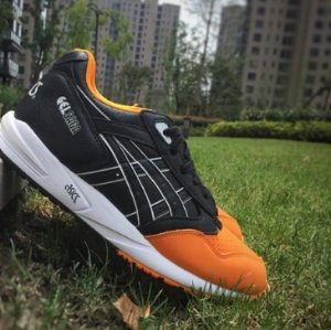 ASICS Tiger Unisex GEL-Saga Shoes H5V4Y