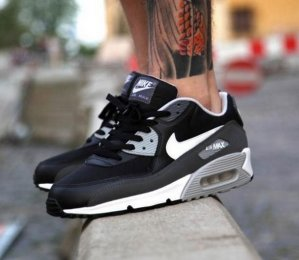 Air Max 90 Essential Running Shoes