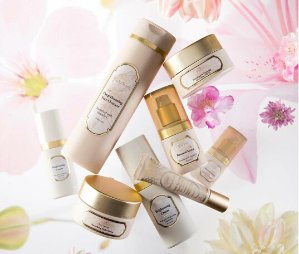 Receive A Free Body Scrub ($35 value) with Orders over $69 @ Sabon