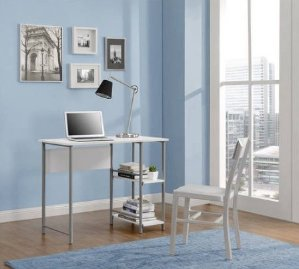 $34.74 Mainstays Basic Student Desk