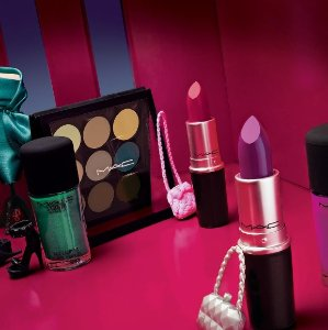 $15 Off $75 With MAC Purchase @ Belk