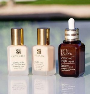 GWP + Earn Up to a $900 Gift Card with Estee Lauder Beauty Purchase @ Saks Fifth Avenue