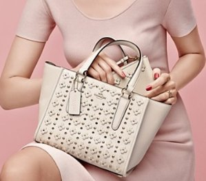 Up to 30% Off +  Extra 25% Off on Coach Handbags @ Bloomingdales