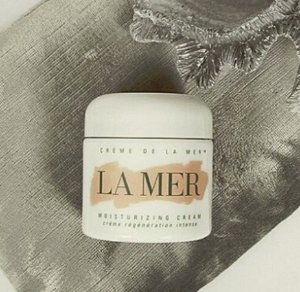 Get Up to $300 GC with La Mer Purchase @ Neiman Marcus