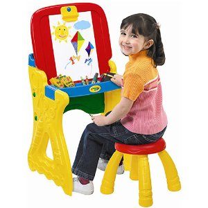 Crayola Play 'N Fold 2-in-1 Art Studio