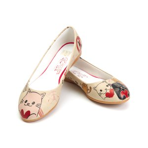 Goby White & Red Heart Cat Ballet Flat - Women | zulily