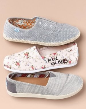 30% Off + Extra 25% Off on TOMS Shoes @ Bloomingdales