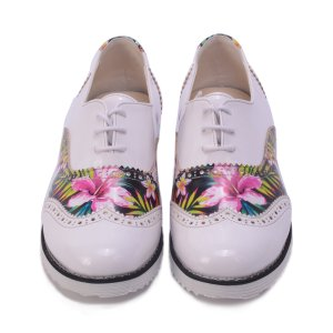 Goby White & Pink Tropical Floral Oxford - Women | zulily